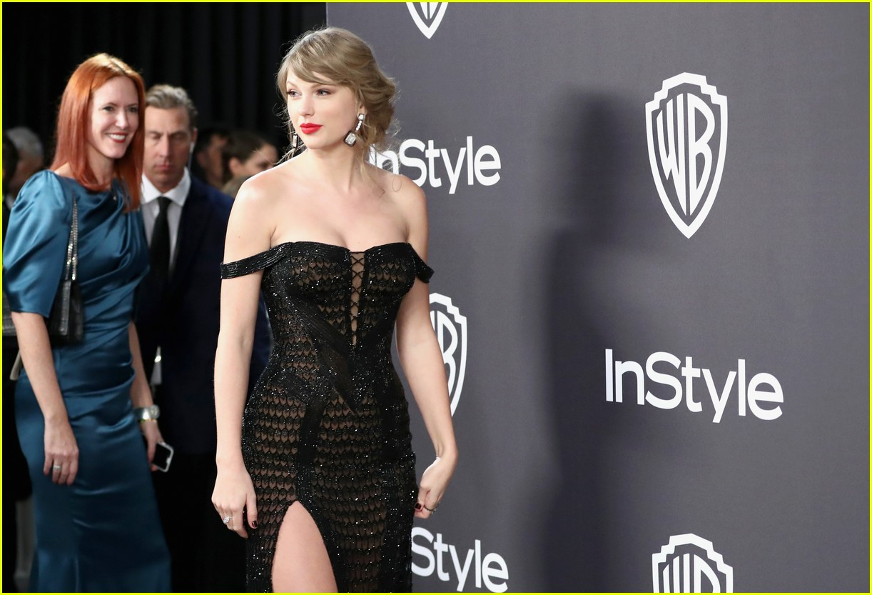 how-taylor-swift-surprised-everyone-at-the-golden-globes