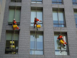 what-professionals-advise-us-about-safety-tips-for-industrial-rope-access